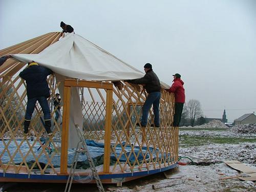 installation d 39 une yourte d 39 habitation dans zevillage zevillage. Black Bedroom Furniture Sets. Home Design Ideas