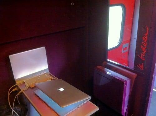 """Espace """"Le bureau"""" dans les TGV"""