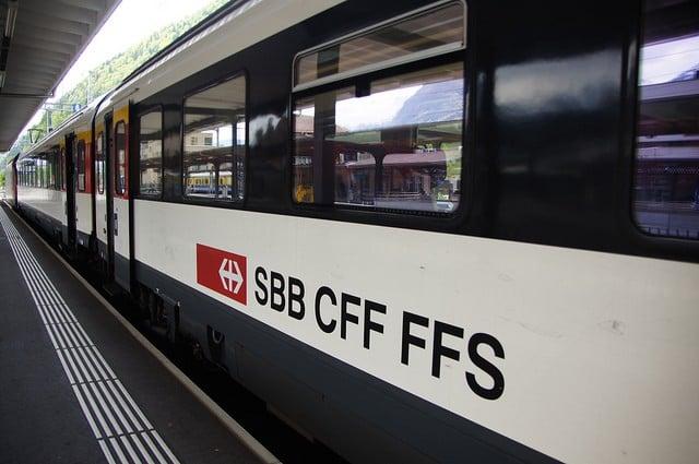 train compagnie suisse CFF
