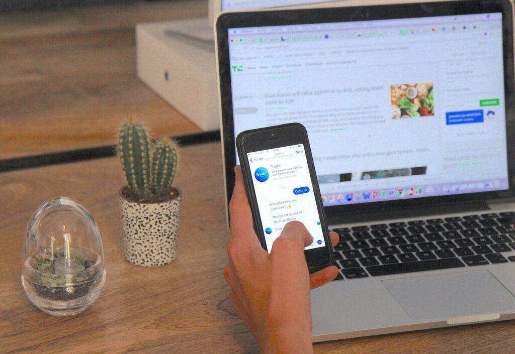freshr journalisme et chatbot