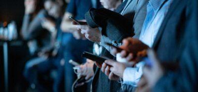 Médias sociaux - smartphones